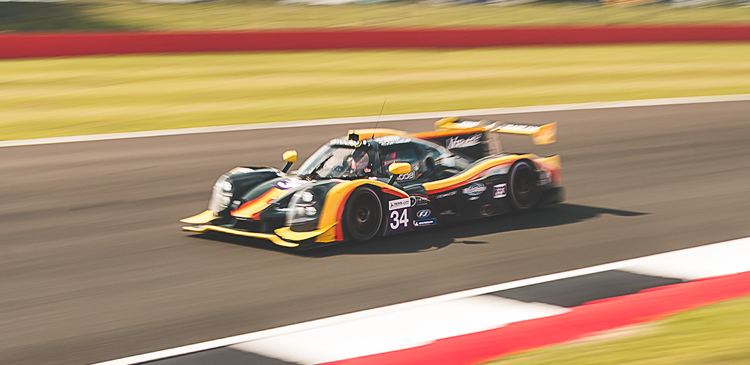 Challenging ELMS race at Silverstone