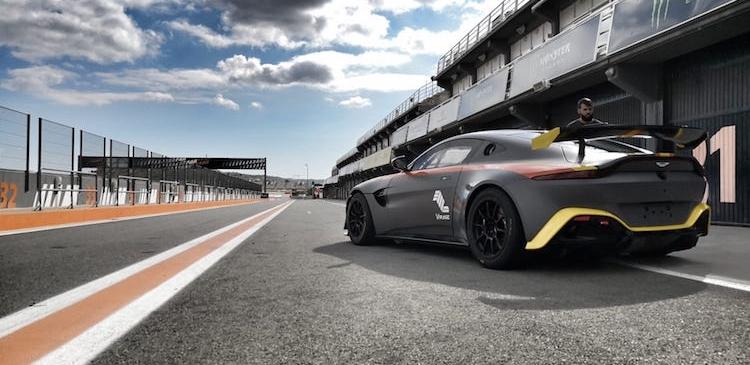 Comienzo en GT4 South European Series