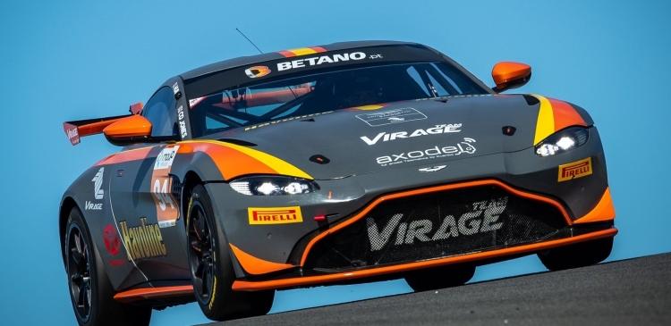 Victoria del Aston Martin del Team Virage en Portimao